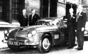 The four-wheel-drive CV8 FF.