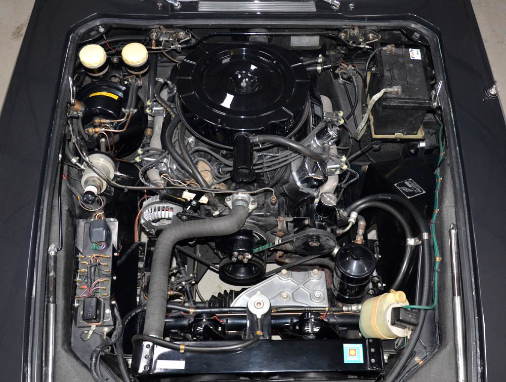 The Jensen FF Engine-Bay