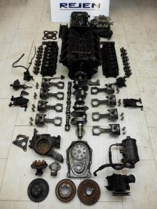 Chrysler 383 engine | Jensen Museum