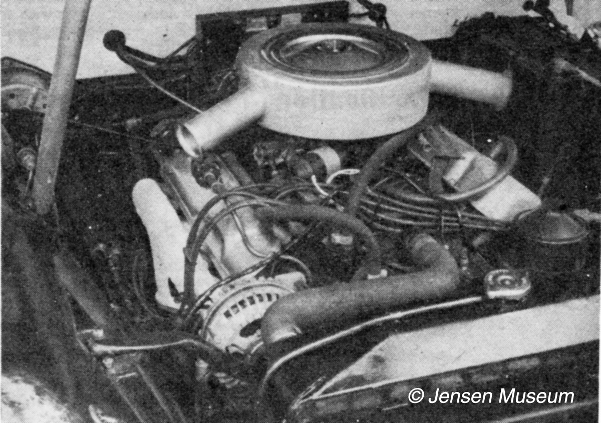 Jensen CV8 Engine-Bays