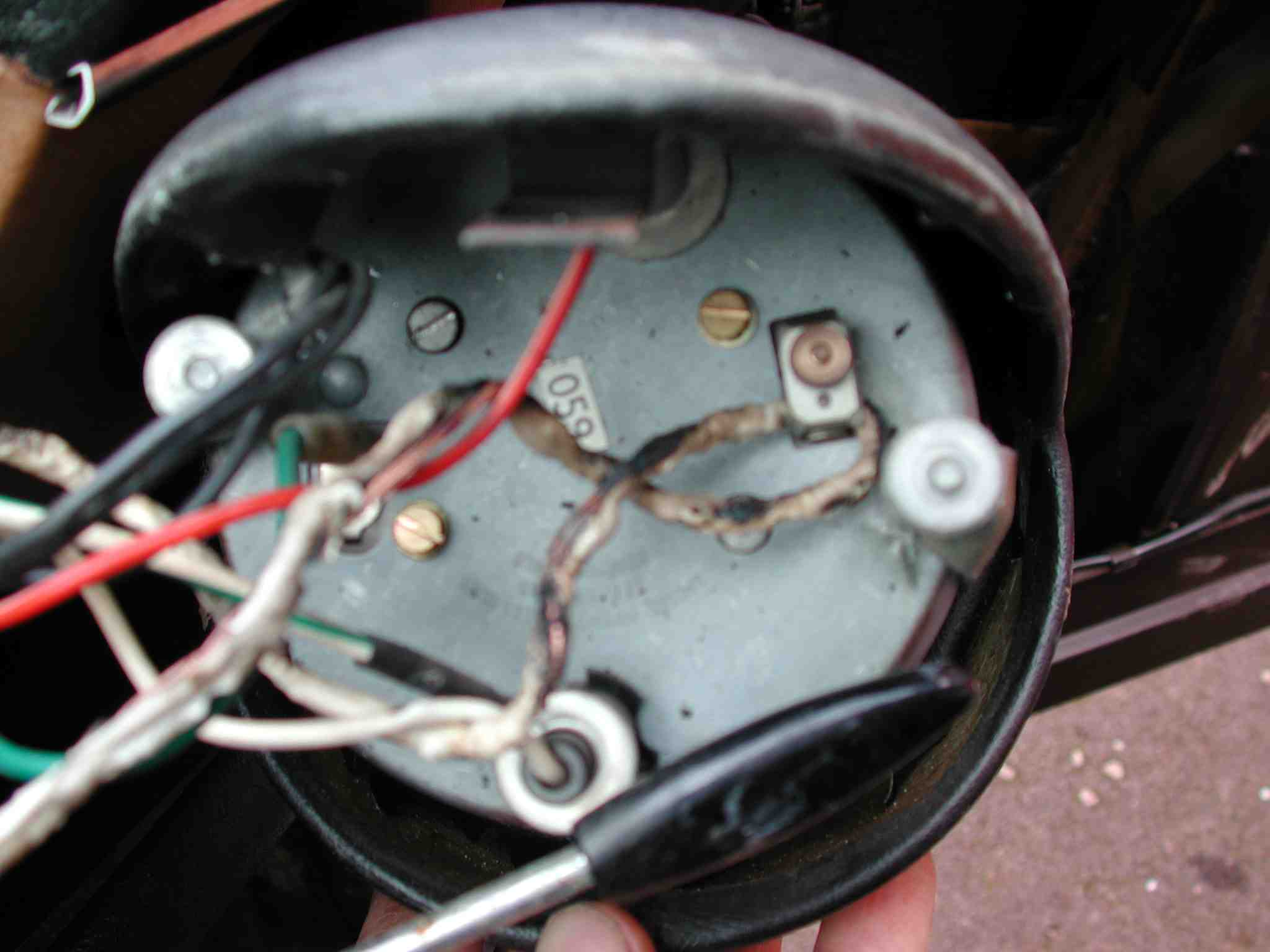 Sunbeam Tachometer Wiring Library Mercury Outboard Diagram On Sunpro Super Tach 2 Slightly More Detailed View Of Burnt Out Wire Going Through Rev Counter Sensor It Should