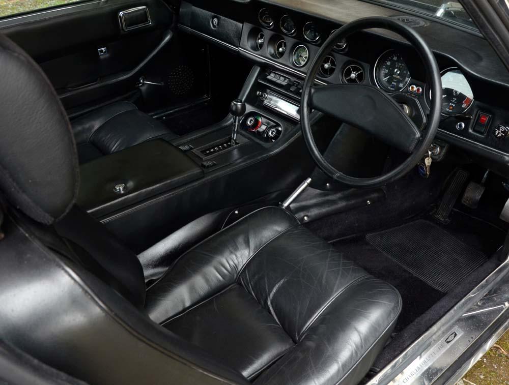 325 interior1