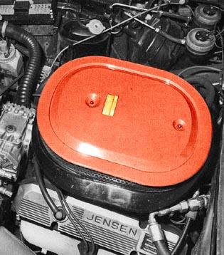 Jensen SP Engine-Bay