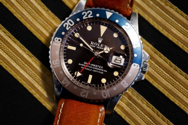 VINTAGE SPORTS WATCHES